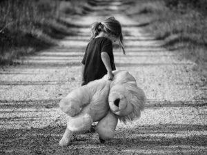 Zaniedbanie emocjonalne – Dbaj o potrzeby Młodych!