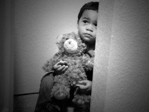 Jak rozpoznać przemoc wobec dzieci?