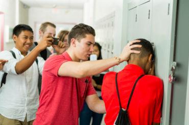 Przemoc w szkole, szkoła, przemoc